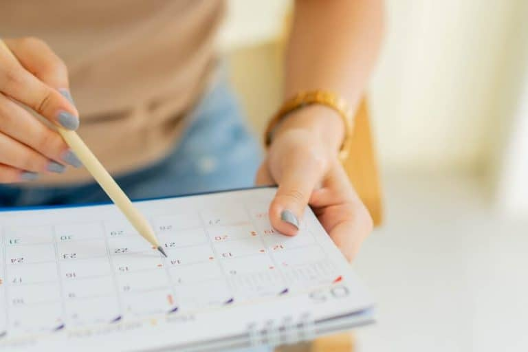 How To Create A Homeschool Calendar That Works For Your Life