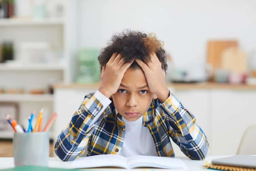 Many parents feel ill-equipped to teach their struggling learner. Learn the three questions you need to answer to help your struggling learner succeed.